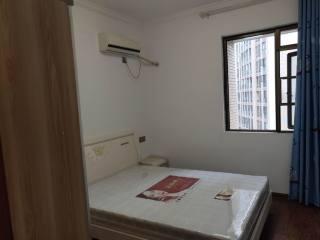 世纪风景中庭10楼四房精装全齐空调3台19500元/年