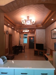 2室2厅2卫100m²精装修