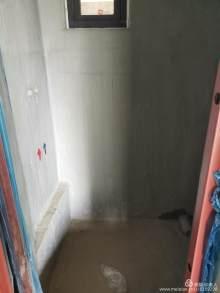 东坡院子18楼105m²清水看岷江70万不包证