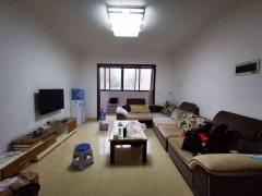 万达附近  华陆世纪景城3室2厅2卫1300元/月,看房方便