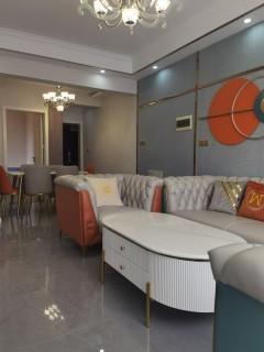 阳光天天向上3室2厅2卫67.8万110m²精装修出售送家具家电