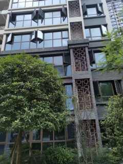 云梦洲中庭小高层120m²四房135万