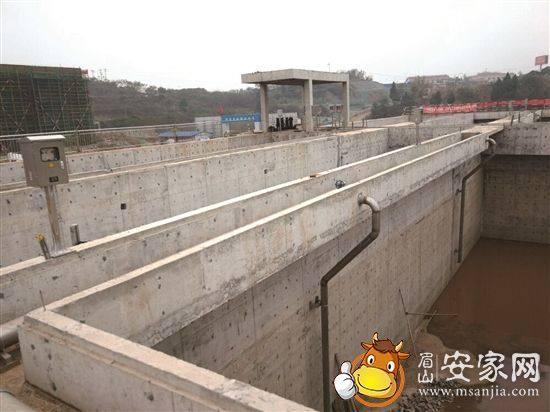 仁寿县第二城市生活污水处理厂一角。